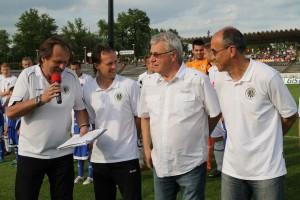 """Hradec Králové - s """"fotbal. playery""""  M.Šmardou, P. Uličným a V. Kotalem"""