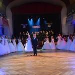 Jičín 1.Ledový ples  20.2.2016 přehlídka svatebních a spol.šatů