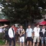 Část st.dorostu fotbalistů FC HK-Mistři ČR 2010/2011 v rámci tenis.turnaje 4.6.11/zleva tr. Prokopec/