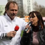 V Hradci Králové s Heidi-Otevření Sportovního centra mládeže Bavlna FC HK 10.4.2012 www.tvhk.cz